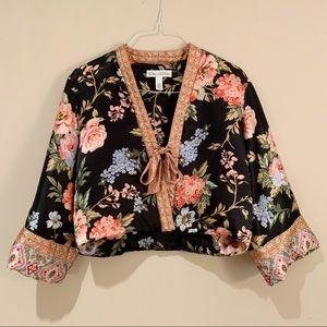 Oscar De La Renta Black Floral Cropped Kimono Robe